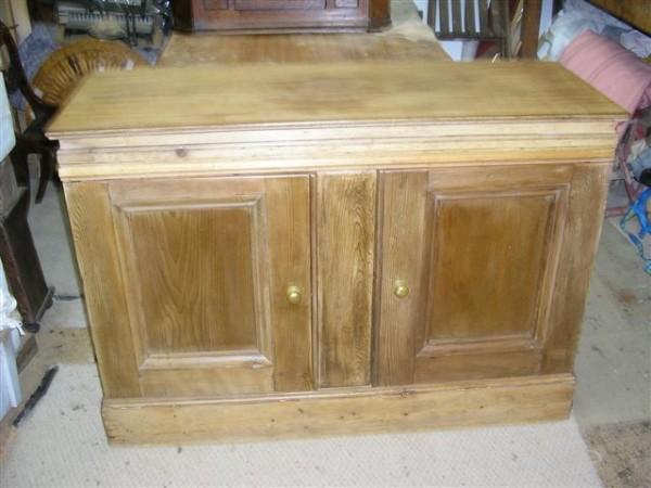 Pine-furniture-repair-and-restoration