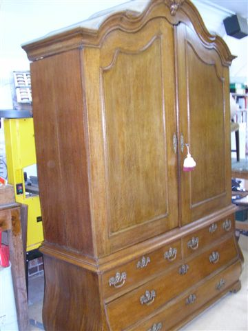Antique restoration Ewhurst