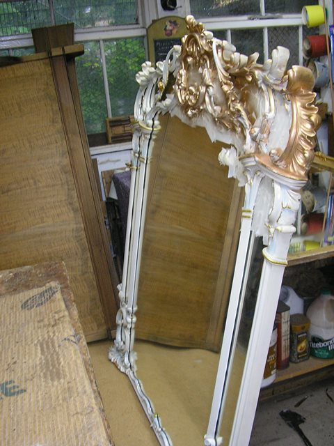 Mirror frame repairs in Reigate